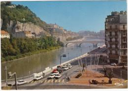 Grenoble: OPEL REKORD-C, 2x RENAULT 4, 16 & 4CV, PEUGEOT 204 & 403U, AUSTIN MINI, CITROËN 2CV - Quais/Ponts - Passenger Cars