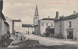 """¤¤  -   193    -   LAY-SAINT-CHRISTOPHE   -  Une Rue   -  Café """" Lamadon """"    -   ¤¤ - France"""