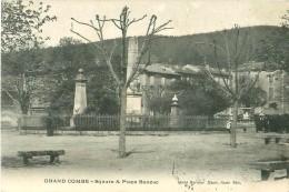 Cpa GRAND COMBE 30 Square Et Place Bonzac - La Grand-Combe
