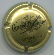 CAPSULE-CHAMPAGNE CANARD-DUCHENE N°70 CHARLES IIV OR - Canard Duchêne