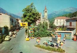 < Automobile Auto Voiture Car >>  Fiat 500, 1100, Distributore Benzina AGIP Paesana - Voitures De Tourisme