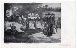 BRETAGNE - Le Dimanche En Bretagne -  L. Gros -  Dos Simple - Bretagne