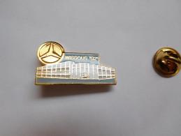 Beau Pin´s , Auto Mercédés , Wissous 92 - Mercedes