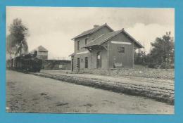 CPA Chemin De Fer Arrivée Du Train En Gare De BONNEVILLE-LA-LOUVET 14 - France
