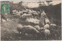 SAINT HONORE LES BAINS (58) - BERGERE MONVANDELLE - Saint-Honoré-les-Bains
