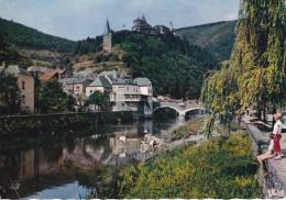 Luxenmburgo--Vianden--1962--L'Our Et Le Chateau----a.Le Mans, Francia - Castillos
