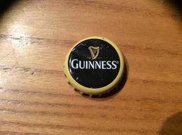 """Capsule De Bière """"EST D 1759 Guinness"""" (Irlande Distribution Caraïbes) - Bière"""