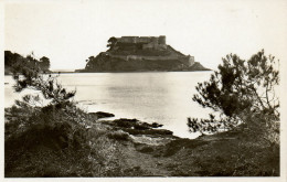 CP - PHOTO - LE LAVANDOU - FORT DE BREGANCON - 55 - BERTA - T. B. E - Le Lavandou