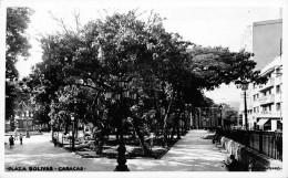"05999 ""VENEZUELA - CARACAS - PLAZA BOLIVAR"" ANIMATA. CART. ILL. ORIG. SPEDITA 1948 - Venezuela"