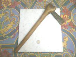 VIEUX COUTEAU AFRICAIN HACHE EN FER NOIR AFRIQUE PIECE ANCIENNE - Knives/Swords
