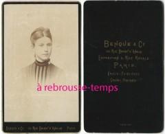CDV Joli Portrait D'une Jeune Femme-photo Benque Et Cie Rue Boissy D'Anglas à Paris - Fotos