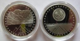 "Kyrgyzstan 1 Som 2011 ""20th Anniversary Of Independence - Pobeda Peak"" UNC - Kirghizistan"