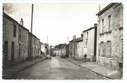 49: Gesté, Arrivée De Nantes, Signée LIONEL, 2 CV... CPSM. Photo Au Bromure - Autres Communes