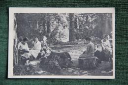 AMBOISE - Pensionnat Sainte CLOTHILDE, Un Coin Du Parc - Amboise