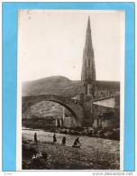 SAINT AFRIQUE+-le Pont Romain Et Le Clocher -lavandières-a Voyagé En 1951 - Saint Affrique