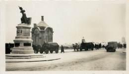 PHOTOS GUERRE 39 - 45 . ORLEANS SOUS LA BOTTE ALLEMANDE . JUIN 1940 A AOUT 1944 . JEANNE D'ARC DES TOURELLES . - Oorlog, Militair