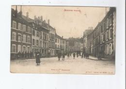 SENONES (VOSGES) 10315  RUE DU 1 ER BATAILLON (COMMERCES ET ANIMATION) 1914 - Senones