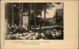 29 - RUMENGOL - Pardon - Procession - France