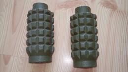 2 Pieces Russia POMZ Mine X2  ( СССР SSSR ZSRR )  Neutralisé - Armi Da Collezione