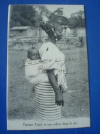 Femme FOULAet Son Enfant Dans Le Dos En 1927 - Mali