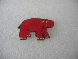 Pin´s D'un éléphant Rose, Série Limitée - Animales