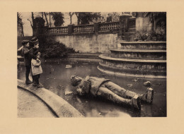 1920 - Héliogravure - Metz (Moselle) - La Statue De Frédéric-Charles Jetée Au Bas De Son Piédestal - FRANCO DE PORT - 1914-18