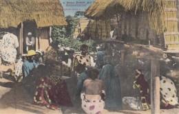 "CPA - Nossi Bé - Femmes Indigènes Faisant "" Chanter Diable "" - Madagaskar"