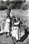 Afrique Du Sud (South Africa)- East London: Native Women - Carte Artco N°712 - Afrique