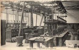 LONGUEVILLE   -  Interieur De La Lunetterie - France