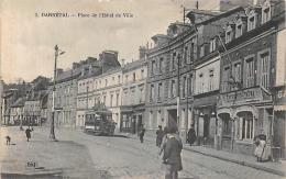 Darnetal    76      Place De L'Hôtel De Ville - Darnétal