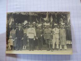 Carte Photo Groupe D´officiers Coloniaux Avec Indochinois - Guerre, Militaire