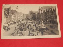LEUVEN -  LOUVAIN  -  De Oude Markt  -  Le Vieux Marché   -  (2 Scans) - Leuven