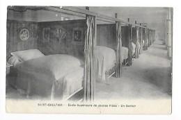 SAINT-GAULTIER   (cpa 36) Ecole Supérieure De Jeunes Filles - Un Dortoir  - - France