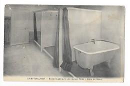 SAINT-GAULTIER   (cpa 36) Ecole Supérieure De Jeunes Filles - Salle De Bains  - - France