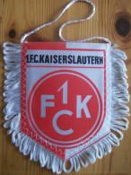Fanion F.C. Kaiserslautern - Habillement, Souvenirs & Autres