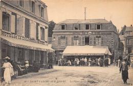 80-SAINT-VALERY-SUR-SOMME - LA PLACE ET LES HÖTELS - Saint Valery Sur Somme