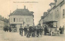 10 - MERY Sur SEINE - Place Croala - Autobus - Autres Communes