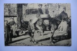 CPA 15 63 43 03 AUVERGNE. Auvergnates Se Rendant Au Marché. 1921.