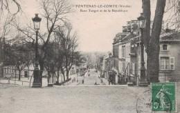 FONTENAY LE COMTE -85- RUES TURGOT ET DE LA REPUBLIQUE - Fontenay Le Comte