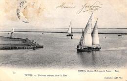 [DC3017] CPA - TUNISIA - TUNISI - TARTANES ENTRANT DANS LE PORT - Viaggiata - Old Postcard - Tunisia