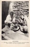 67Sm   Ethiopie Abyssinie Cuisine Plat L´Amehout Intestins Crus De Bouc Piment Et Contenu Du Boyau Comme Moutarde En TBE - Ethiopia