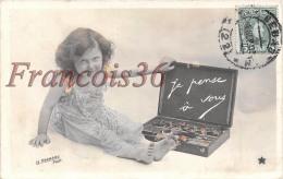 Enfant Peinture Peintre - Je Pense à Vous - Photo Le Normand - Enfants