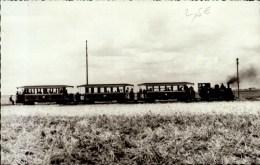 MUSEE DES TRANSPORTS DE PITHIVIERS..LE TRAIN AU TERMINUS D'ORMES. ..CPSM PETIT FORMAT - Trains