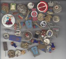 Russie - Lot De Médailles, Badges, épinglettes, Broches - Non Classés