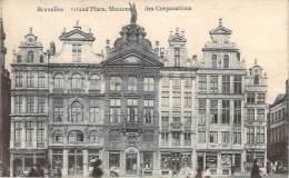 Belgique - Bruxelles - Grand'Place, Maisons Des Corporations - Squares