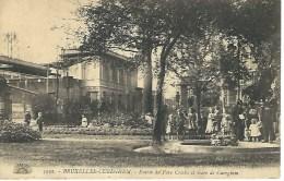 3022. BRUXELLES - CUREGHEM : Entrée Du Parc Crickx Et Gare De Cureghem - Bruxelles-ville