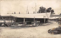 17-ILE DE RE- CARTE PHOTO- BÂTEAU EN CONSTRUCTION - Ile De Ré