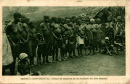 GUINEA CONTINENTAL GRUPO DE MUJERES DE UN POBLADO DEL ALTO BENITO - Afrique Du Sud, Est, Ouest