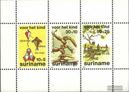 Suriname Block39 (complete Issue) Unmounted Mint / Never Hinged 1984 Youth - Surinam
