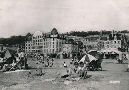 TROUVILLE - La Plage (1959) - Trouville